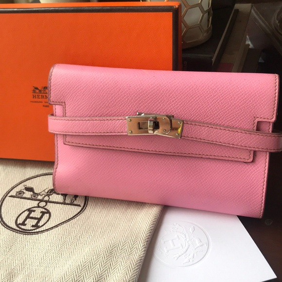 911b5a171ee AUTHENTIC Hermès Pink Kelly Wallet(cheap on depop)